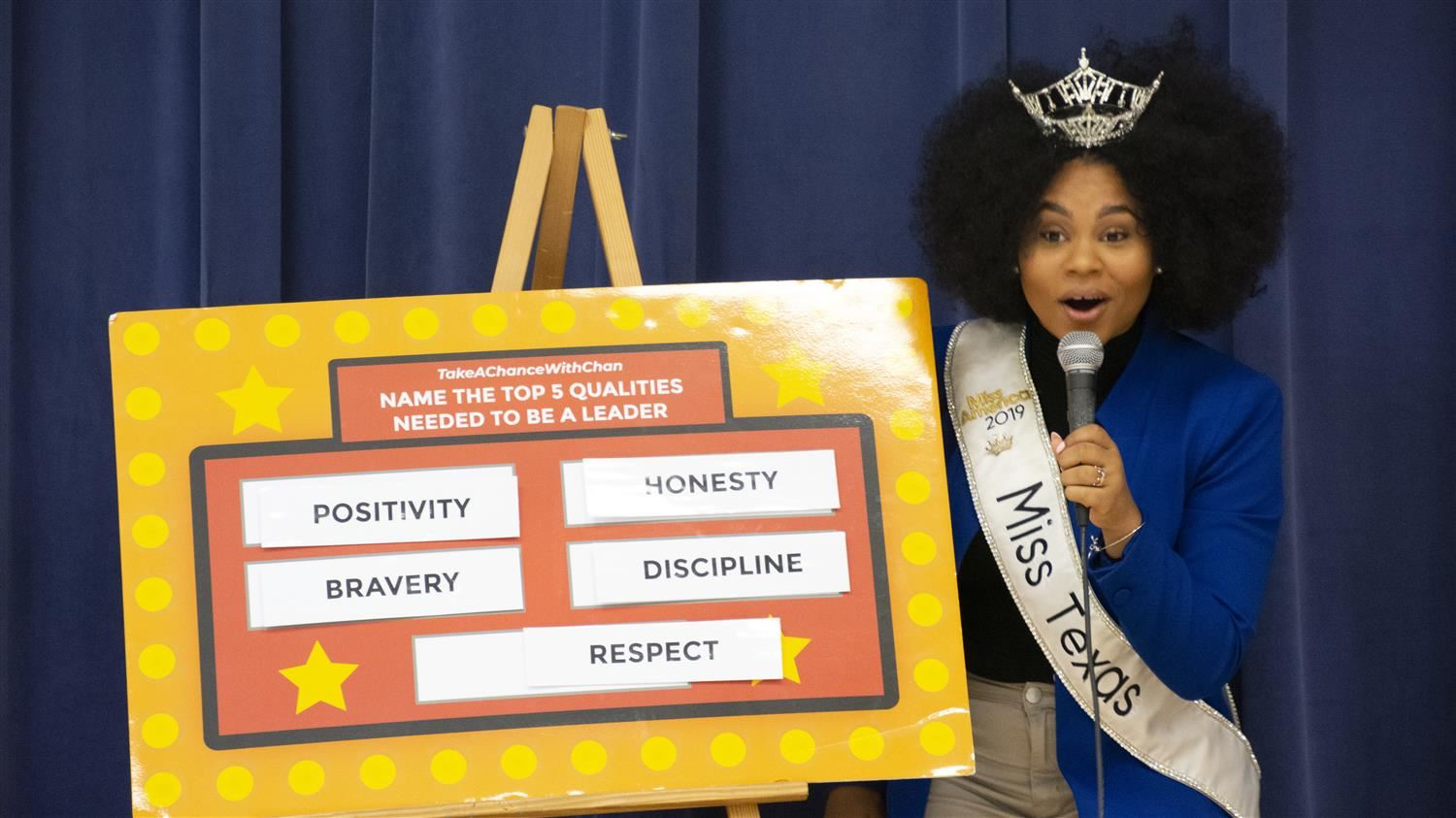 Miss Texas 2019 Makes Memorable Appearance at Rockbrook Elementary