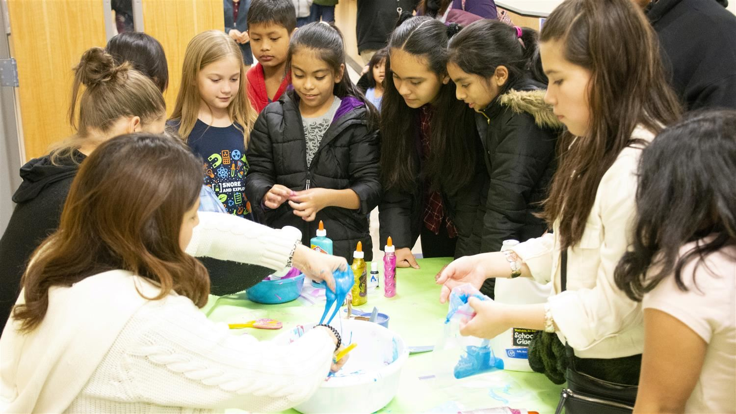 Lakeland Elementary's Math and Science Night a Fun and Engaging Tradition