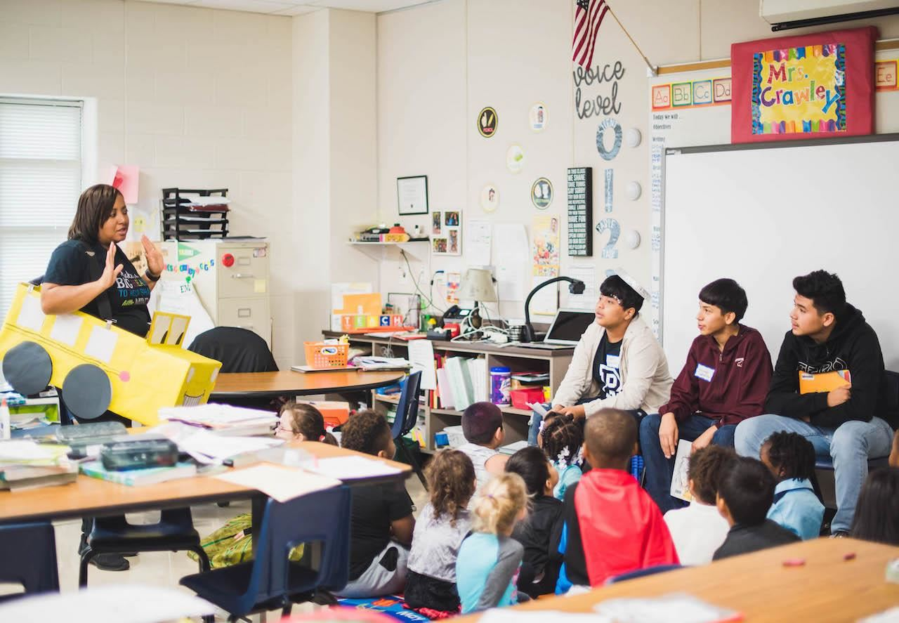 Delay Middle Schoolers read to Elementary Students