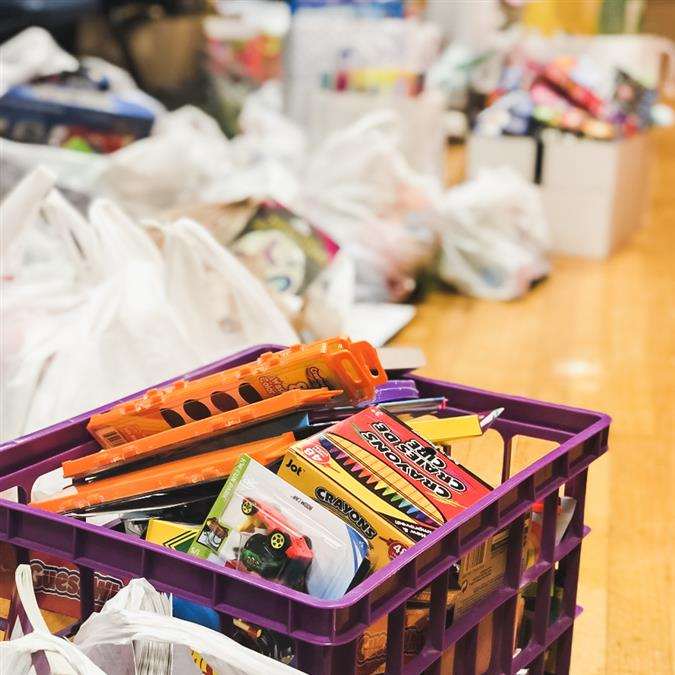 Forest Vista Elementary Collects for a Cause