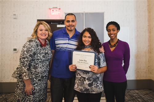 Jeslyn Diaz - Student of the Month
