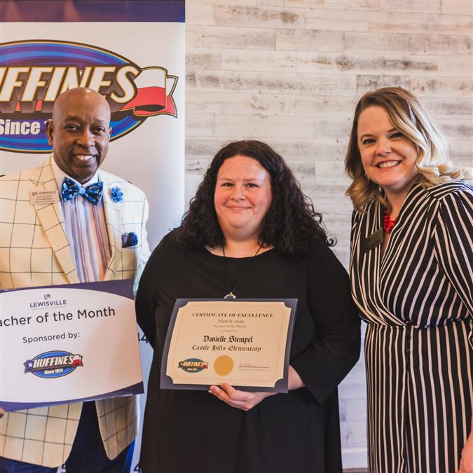 Castle Hills Elementary's Danielle Stempel Named Lewisville Area Chamber of Commerce/Huffines Auto Dealership March Teacher of the Month