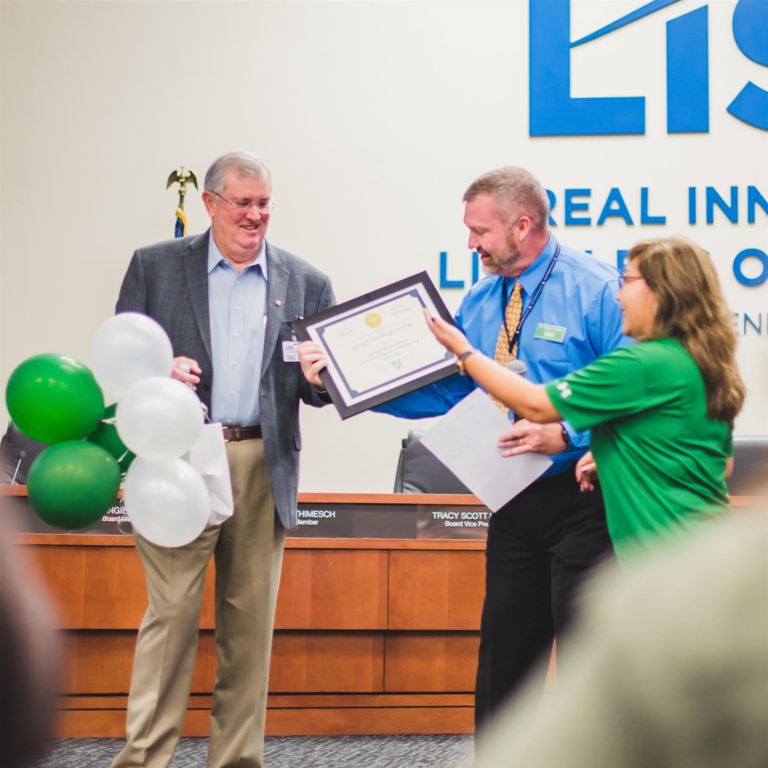 Lewisville ISD Superintendent Receives Excellence in Educational Leadership Award