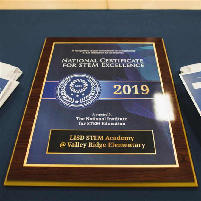 LISD STEM Academy at Polser and Valley Ridge Elementary Schools Named Nationally Certified STEM Campuses